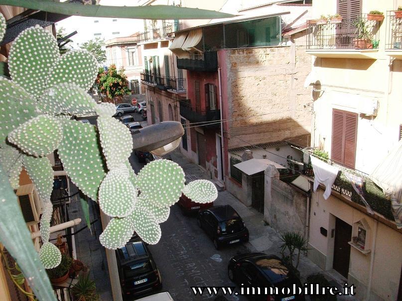 Bilocale Palermo Via Vincenzo Auria 3